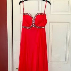 💞BRIGHT PINK/RED PROM DRESS💞
